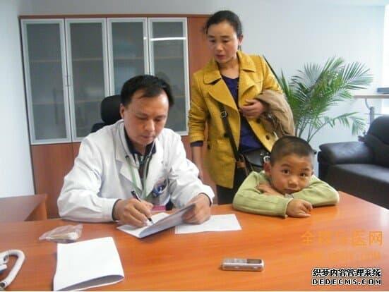 徐州儿童医院呼吸科张冲林主任:哮喘是种慢性病