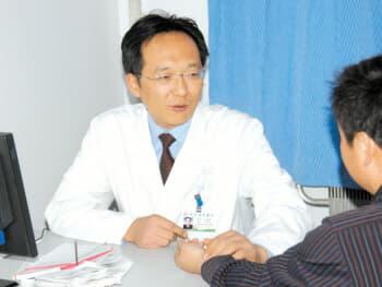 徐州中医院儿科主任杜跃进:穴位贴敷可治小儿哮喘