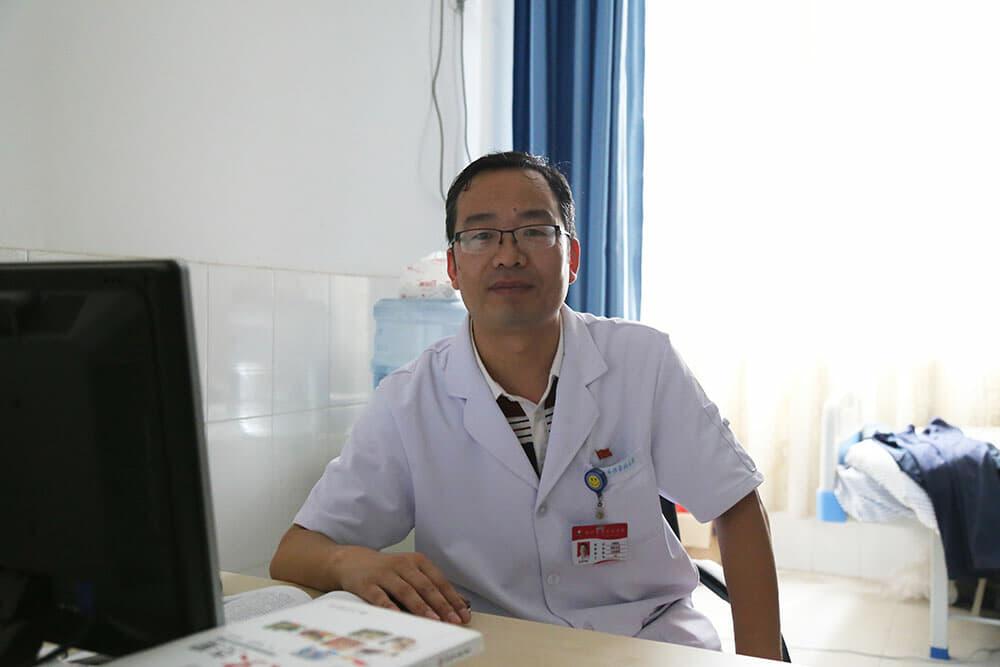 """传染病院刘绍龙:牢记""""戒""""字 远离并有效控制酒精肝"""